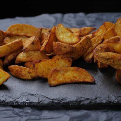 Скибочки картоплі